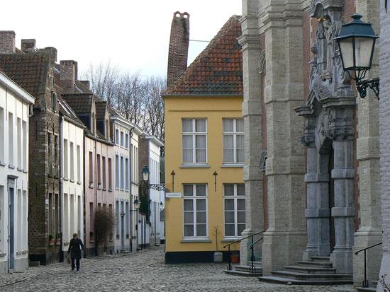 béguinage of Lierre / begijnhof van Lier, Flanders - Belgium by e's