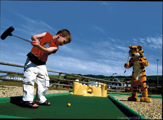 Doniford Bay Crazy Golf by havenholidays