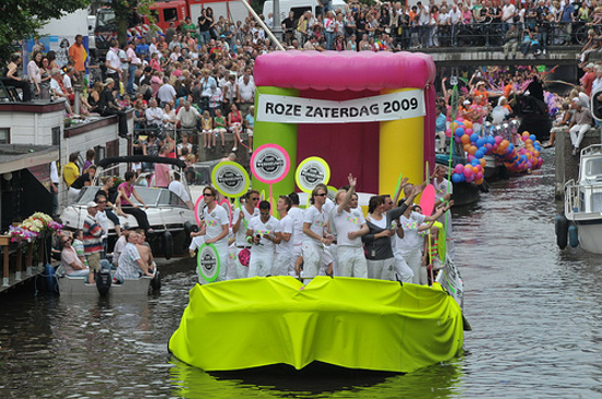 gay-pride-amsterdam-2008-by-facemepls. Gay Pride 2009 celebrates forty years ...