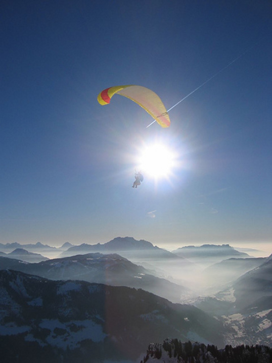 paraglioding-in-the-french-alps