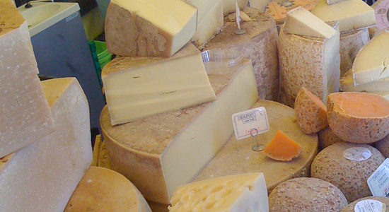 french-seasonal-food-cheese